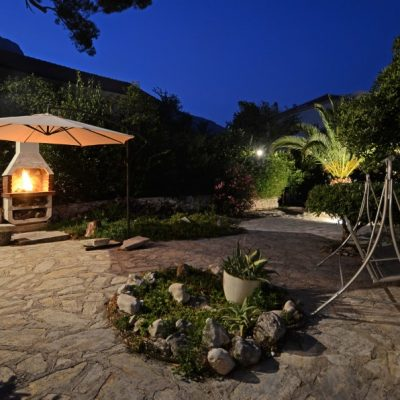 peljesac-orebic-villa-mery-house-night-14