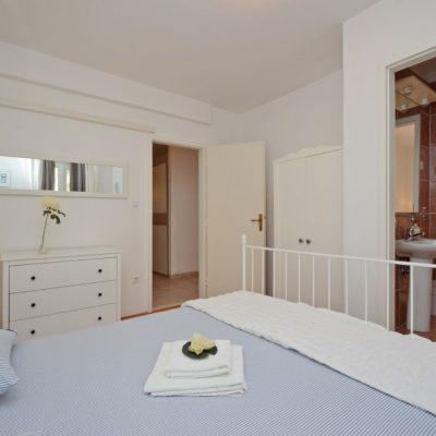 villa-mery-bedroom3-02