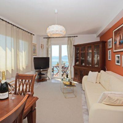 villa-mery-livingroom-11