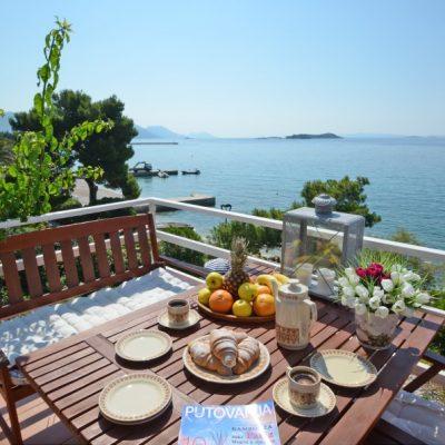 villa-mery-terrace1-13