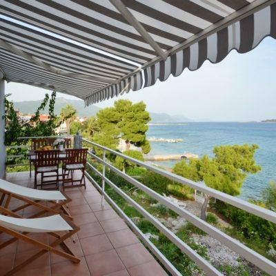 villa-mery-terrace1-18